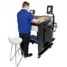 Rollbag R3200 Weigh Count Sorting Table operator
